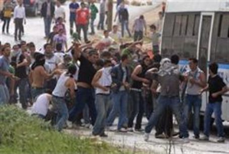Jerusalem Arabs riot