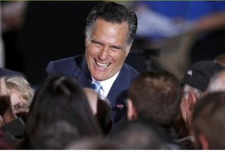 Romney greet supporters in New Hampshire