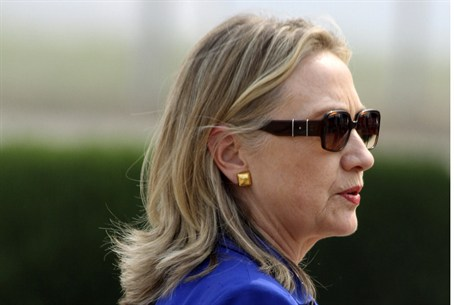 Clinton in India