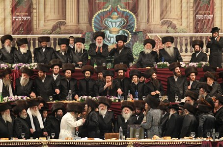 Illustration: Satmar hassidim at wedding
