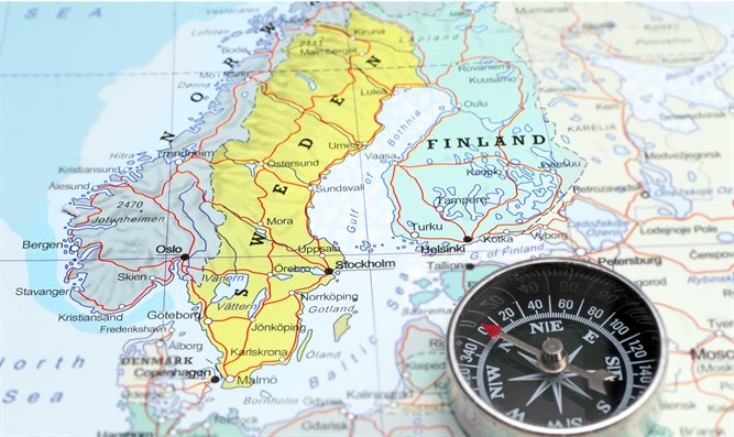 Discussion Of NATO Intervention To Protect Swedens Neighbors - Sweden map mora