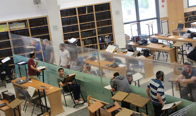 Rabbi Zalman Melamed: 'Unvaccinated? Find a different yeshiva to learn in'
