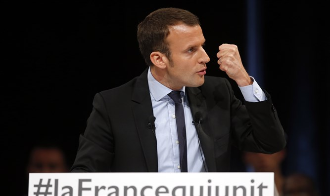 French presidential candidate Emmanuel Macron at campaign event